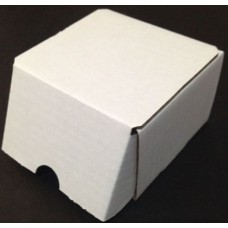 One BCW 200 Count Corrugated Cardboard Baseball Trading Card Box